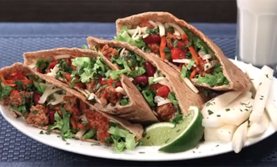 Spicy Chili Turkey Pitas