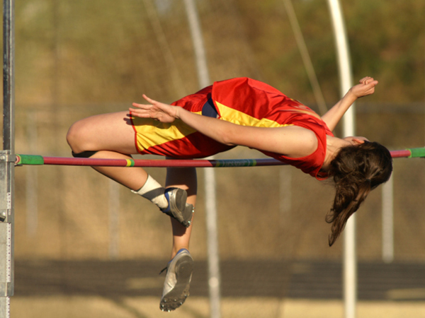 High school high-jumper - 8 Gameday Nutrition Tips for Young Athletes