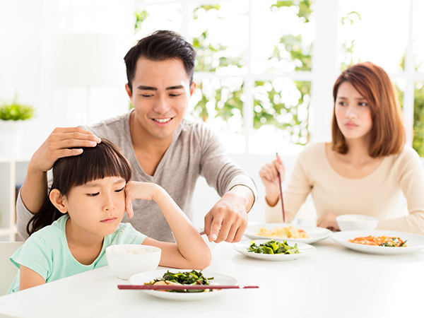 6 Ways to End Family Fights Over Dinner