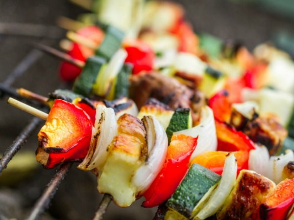 Vegetable and chicken kebabs on the grill - Get Fired Up! Tips for Healthy, Flavorful Cookouts