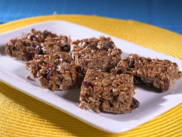 Image of No-Bake Chocolate Cherry Oat Bars