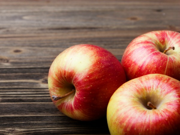 Apples for Baked Apples with Cinnamon-Oat Topping