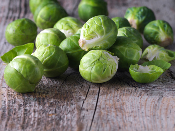 Brussels sprouts for Shaved Brussels Sprouts and Pasta with Walnut
