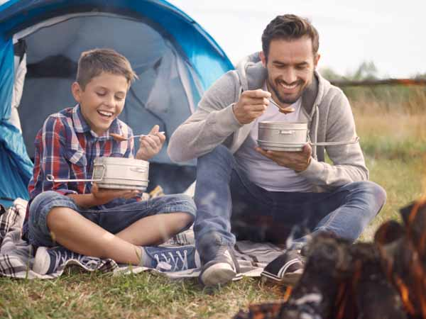Family Cooking while Camping - 5 Food Tips for Camping and Hiking