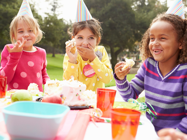 Girls at a birthday party - Easy Ways to Make Your Child's Birthday an Allergy-Safe Bash