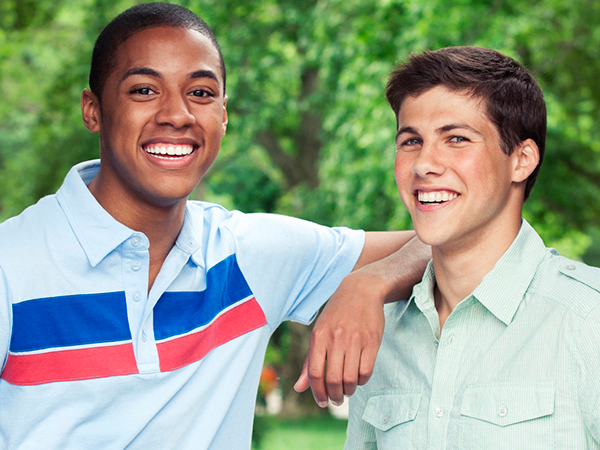 Two friends - 9 Nutrition Tips for Young Men