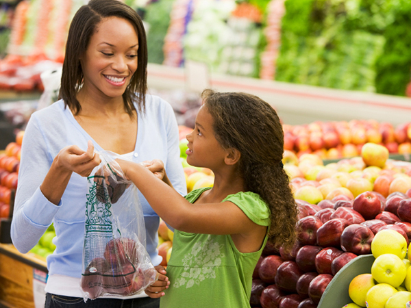 Image result for free family friendly pictures of grocery shoppers