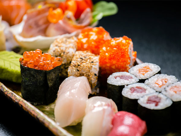 Is raw seafood safe to eat for Raw fish food poisoning