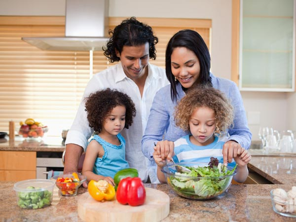 How to Encourage Kids to Embrace Healthy Eating