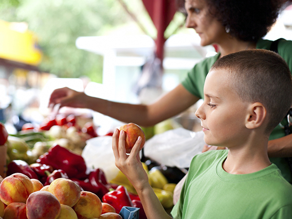 For Tops in Nutrition, Shop Farmers Markets