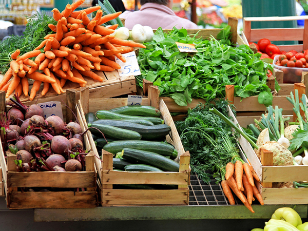 Farmers Markets Bringing Farm to Table