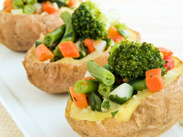 potatoes stuffed with vegetables