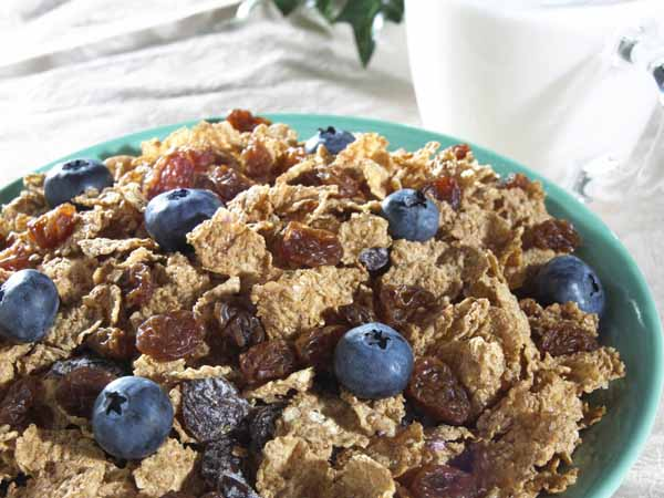 Cereal and Fruit - Breakfast Ideas for Busy Mornings