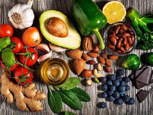 what foods slow down the aging process?