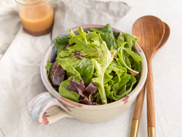 Salad with Flaxseed Oil Dressing Recipe